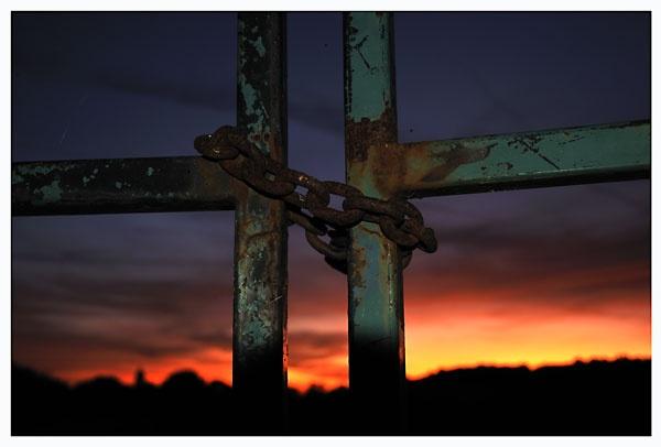 Gatey sunset thingy by stepenowsky