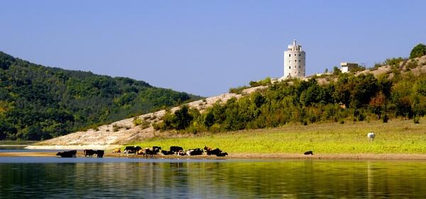 Tsonevo Dam Aspruhovo Bulgaria by acbeat
