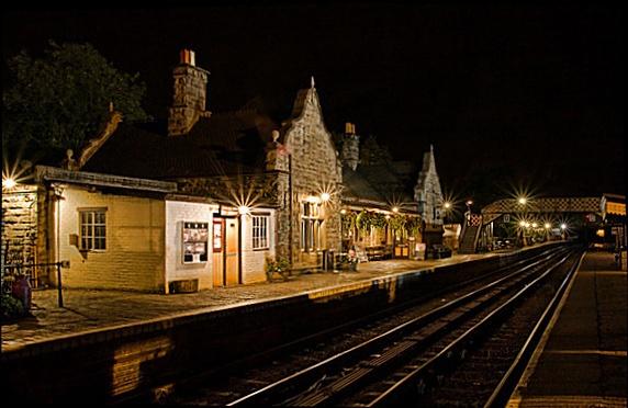 Bridgnorth station at night by cassiecat