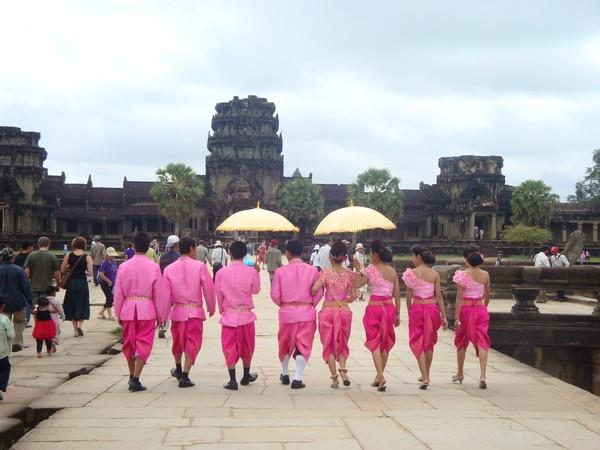 Angkor Wat, Cambodia by Englishian