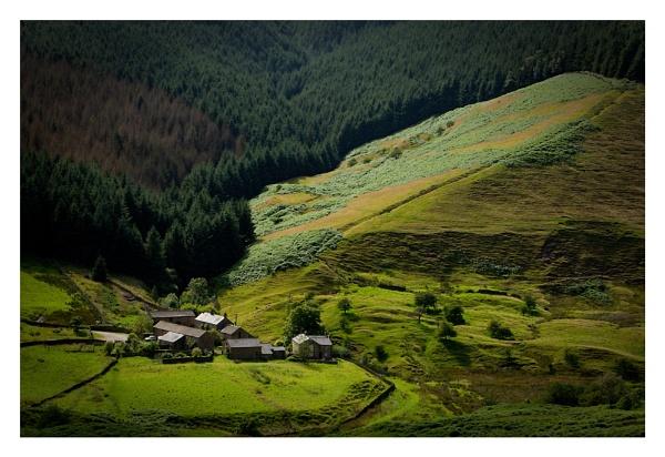 Alport Farm by ian.daisley