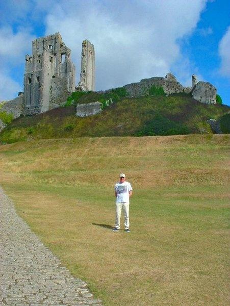 Corfe Castle, Dorset by REDWOLF