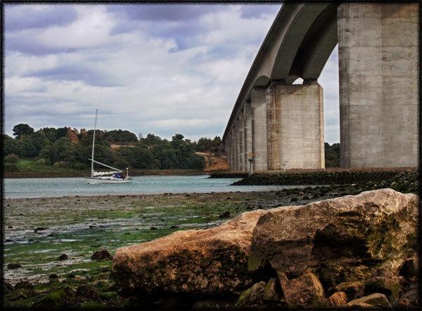 Orwell Bridge in the Autumn by marathonman