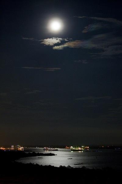 Full Moon by Butch3r
