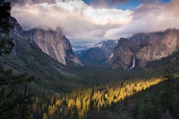 Tunnel View, Yosemite by ChristinaWhite