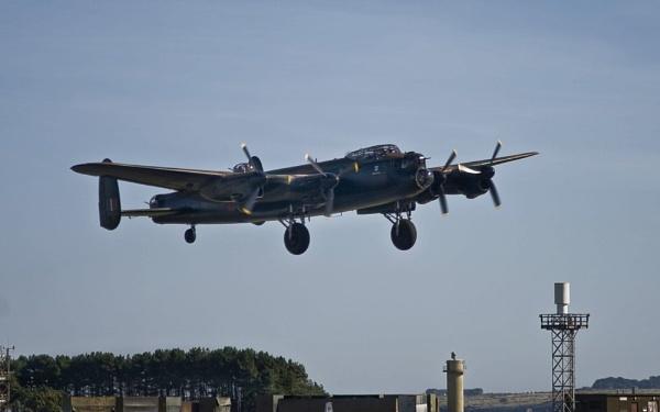 PA474  Lancaster by daviewat