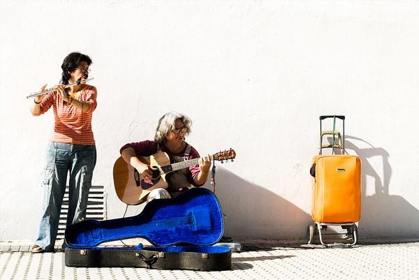 Street musicians by davidsaenzchan