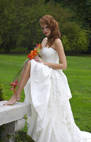 Seductive bride by majas