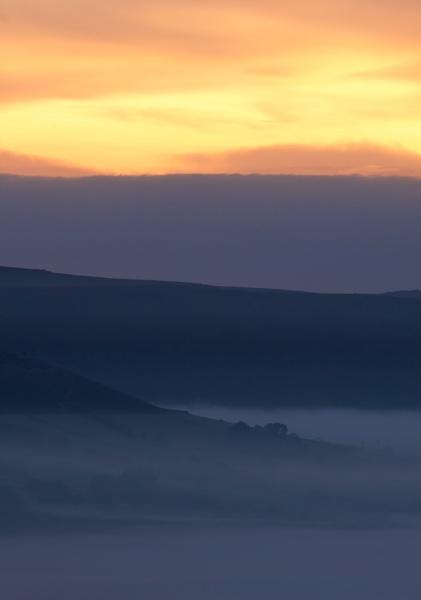 October Dawns by alansdottir