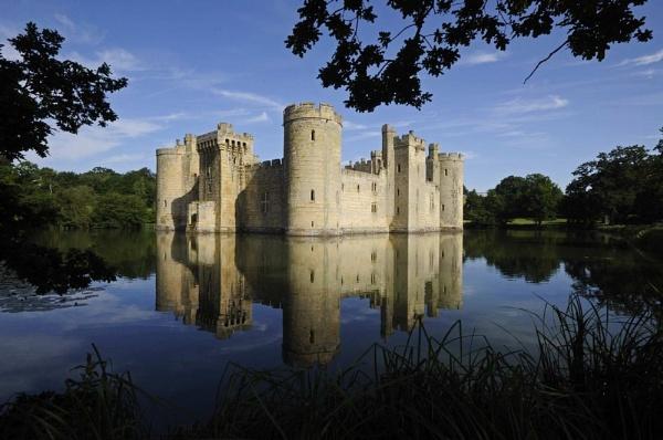 Bodiam Castle Kent by Merbert
