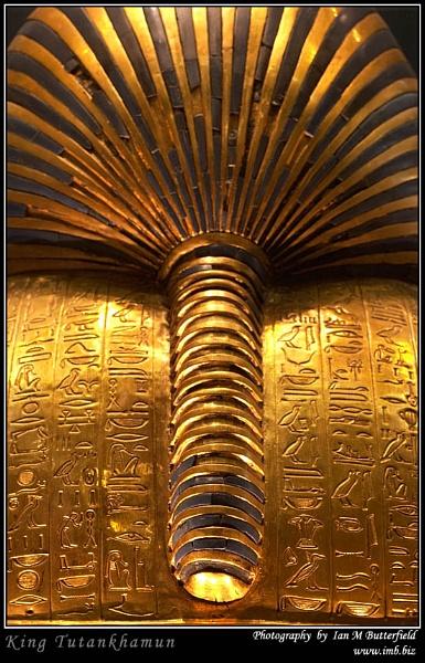 King Tutankhamun (Rear View) by ianbutty
