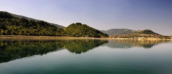 Stonevo Dam Bulgaria by acbeat
