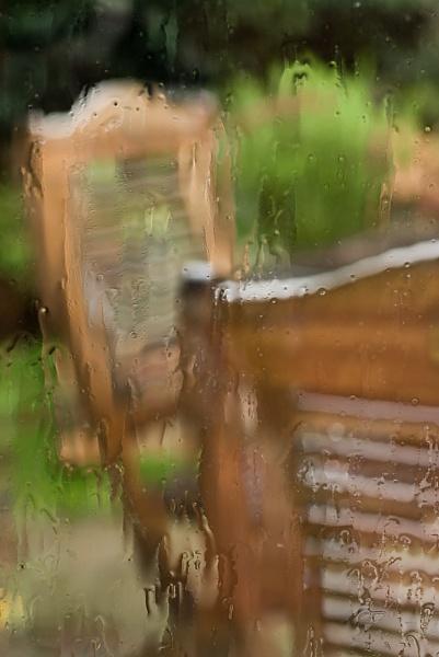 Still raining... by Juliee