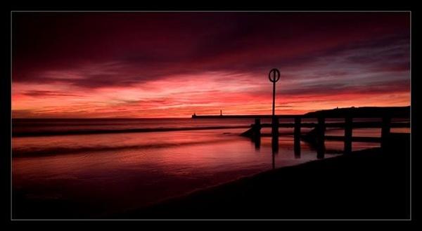 Red Sky by martinlmr