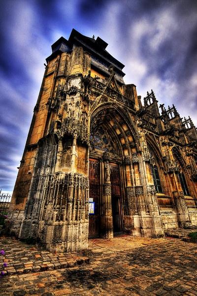 Pont D\'larche church by chubs