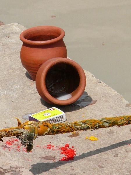 Pots by kanu