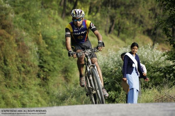 Mountain Biking, Himachal, India by nitinhopeindia