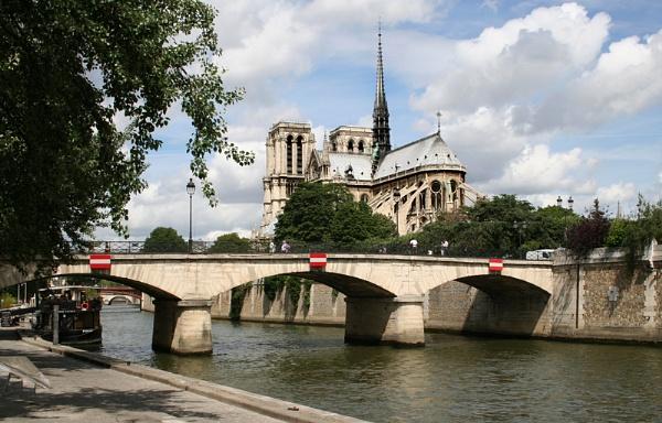 Notre Dame by GordonLack