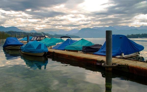 Lake Luzern by chrismason