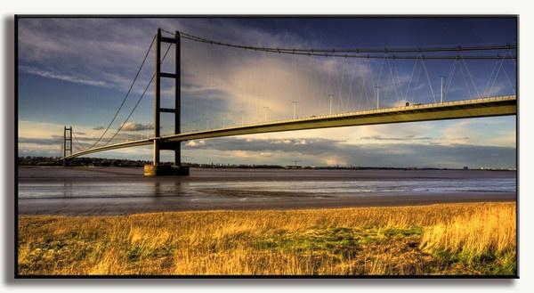 Humber Bridge by Briwooly