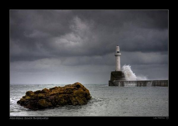 Aberdeens South Breakwater by martinlmr