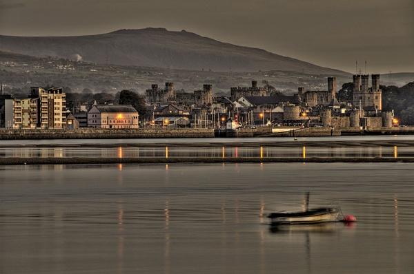 Evening Light at Caernarfon by Banditman