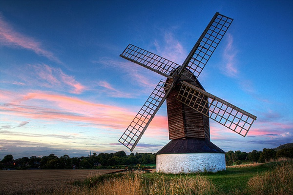 Pitstone Mill by darrenackers