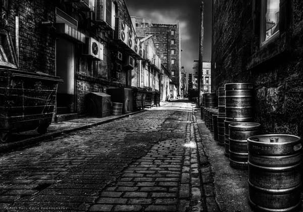 Sauchiehall Lane by paulcookphotography