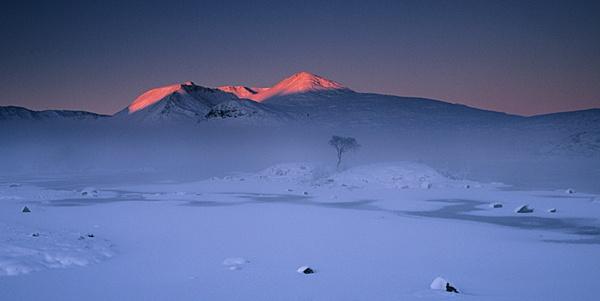 Minus 16 Sunrise, Glencoe by tg