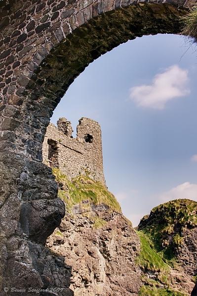Dunluce Castle by BernieS