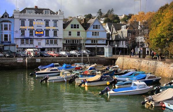 Dartmouth Harbour by marathonman