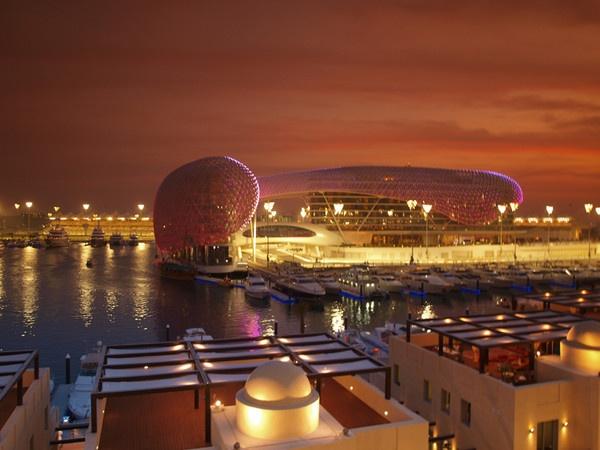 Yas Marina Hotel by benzonar