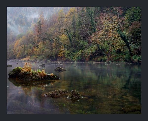 Gorges du Doubs by joolsb