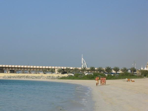 Dubai by Oldtog