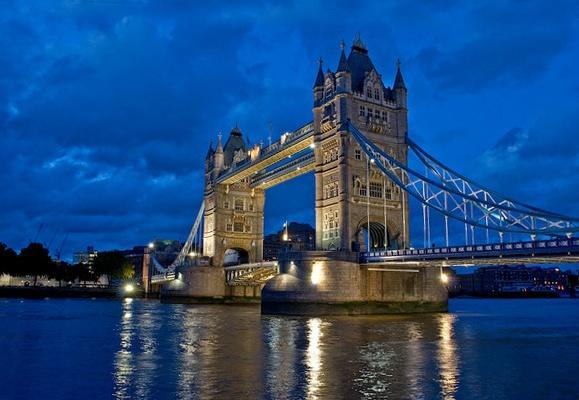 Tower Bridge by BootneckPaul