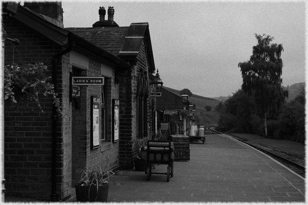 Oakworth Station by Warriorpoet