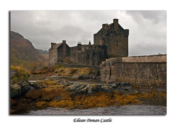 Eilean Donan Castle by Skinz