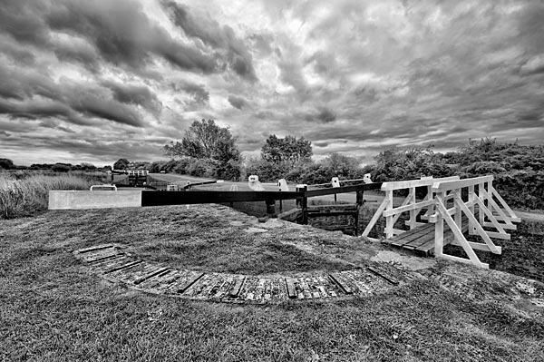 Lock no.30 Caen Hill by manindevon