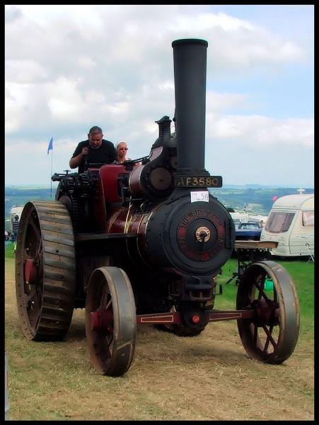 steam engine by jamestheboy