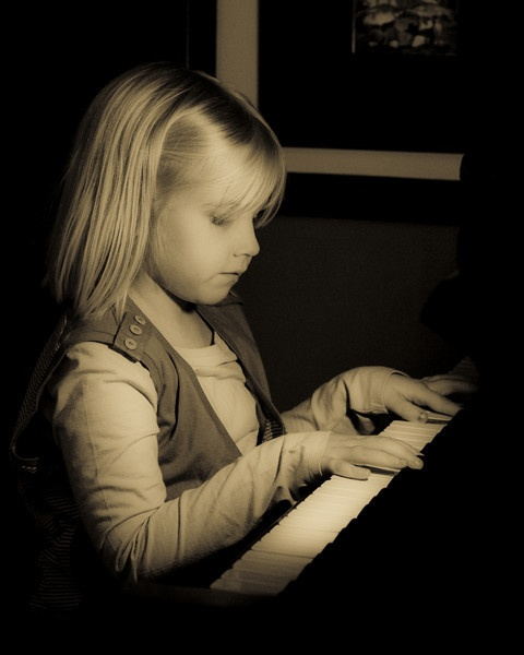 The Pianist by cjsphotography