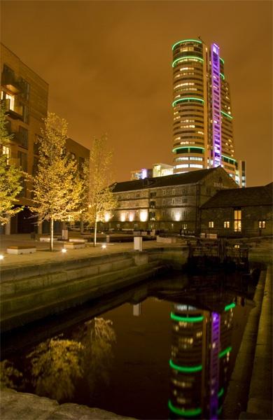 Bridgewater Place, Leeds by harryw