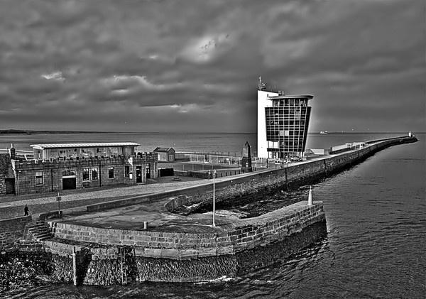 Aberdeen Harbour Tower by gazb159