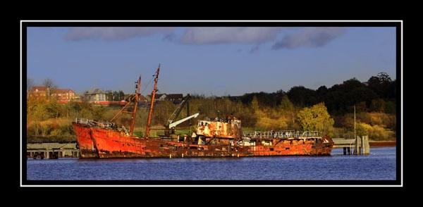 Rusty fishing boats by marathonman