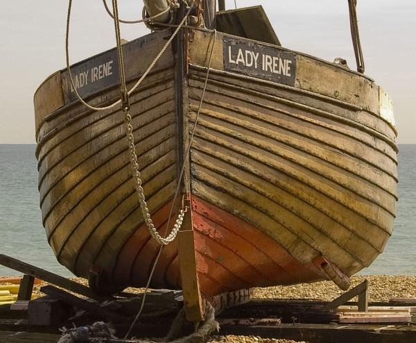 Lady Irene by gasah