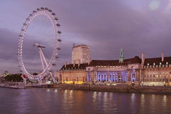 London Eye @ Dusk by ckristoff