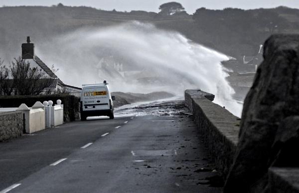 Leree - stormy waters by jonny250