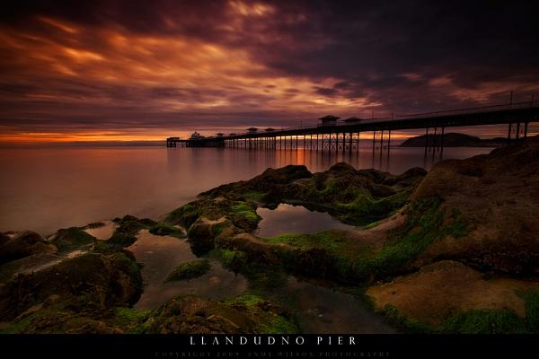 Llandudno Pier by andy210966