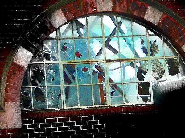 Demolition dÂ' Art by ChrisBilton