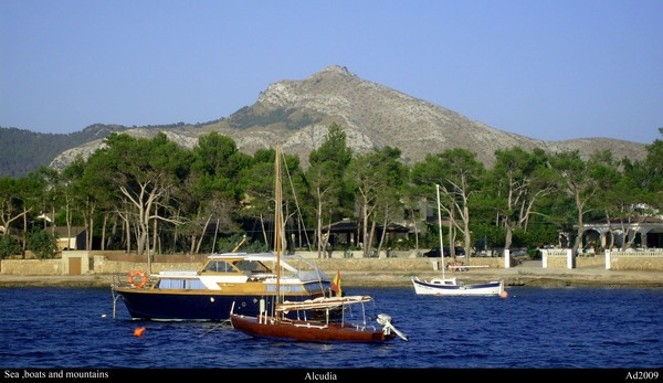 Sea,boats and Mountains (alcudia) by ad2009