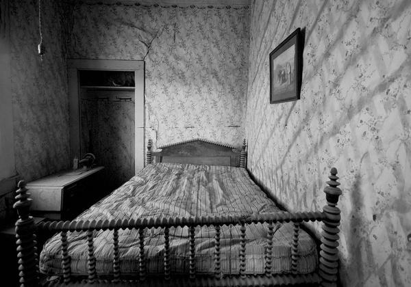 Abandoned Bedroom by Zydeco_Joe